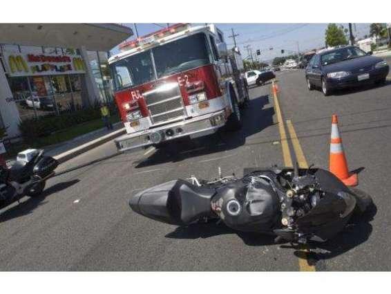 ٹرک دی ٹکرنال موٹرسائیکل سوار پولیس آلاجاں بحق