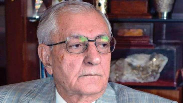 محافظ إقليم بلوشستان الباكستاني يدعو باكستان وأفغانستان إلى ضرورة بذل الجهود المشتركة للحصول على أهداف استعادة السلام والتنمية الاقتصادية