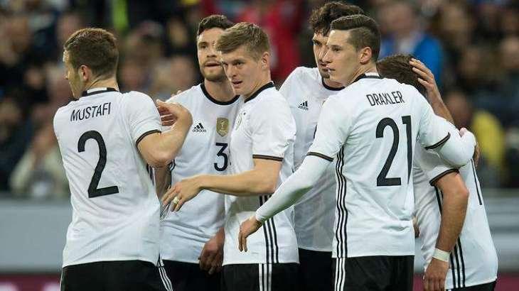 Football: Germany should have won Euro 2016 - Podolski