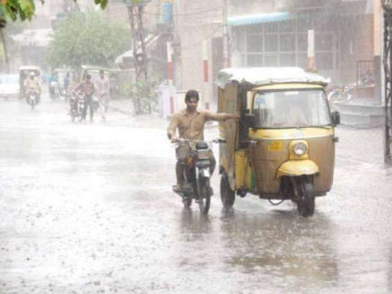 KP to remain cloudy; weather turns pleasant in Peshawar after downpour