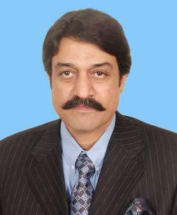 وزير المغتربين وتنمية الموارد البشرية الباكستاني يلتقي وزير العمل السعودي