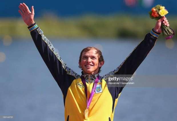 Olympics: Men's single canoe 200m podium