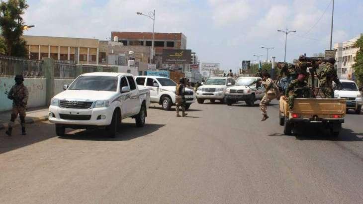 Qaeda suicide bomber kills four Yemen troops