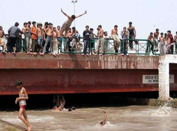 قصور: بی آر بی نہر چوں 5 ورھیاں دے بال دی لاش برآمد
