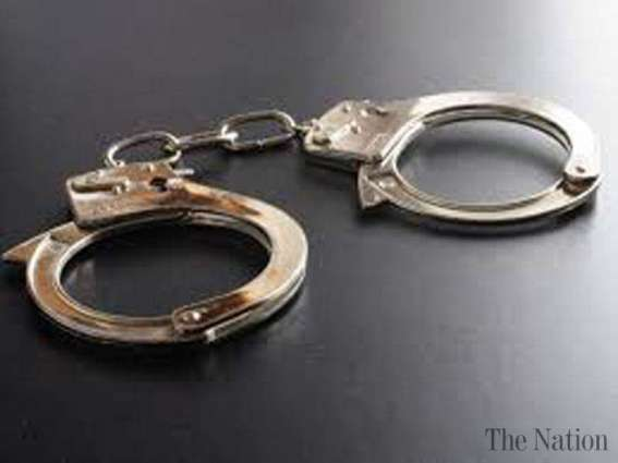 Seven outlaws held; hashish and weapons recovered