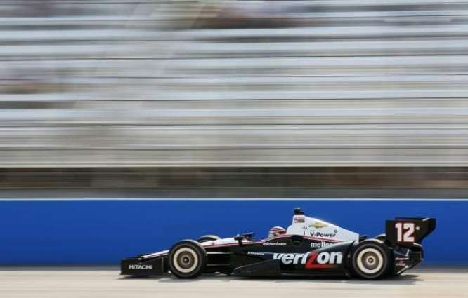 Auto racing: IndyCar championship battle tightens up