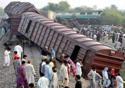 Multan: Passenger train collided with goods train, 6 killed and over 100 injured