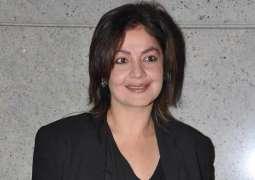 Pooja Bhatt Arrives in Karachi