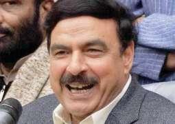 Sheikh Rasheed Rejects Panama Commission