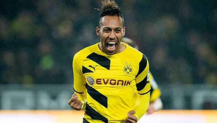 Dortmund down Sporting to advance, Aubameyang suspended