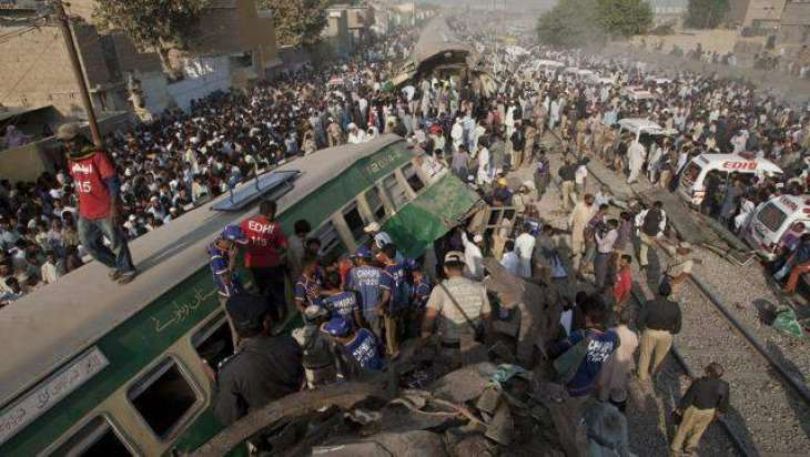 Death toll in trains' collision rises to 19