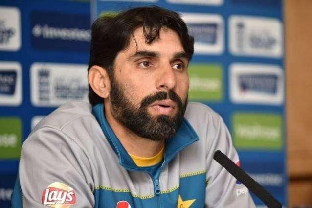 مصباح الحق نے شارجہ ٹیسٹ وچ شکست دا ذمے وار ناقص بلے بازی نوں قرار دے دِتا