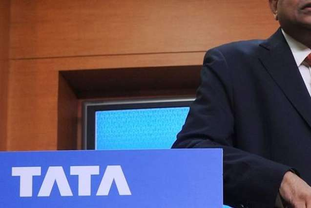 Tata spat adds to angst of India's dwindling Parsis