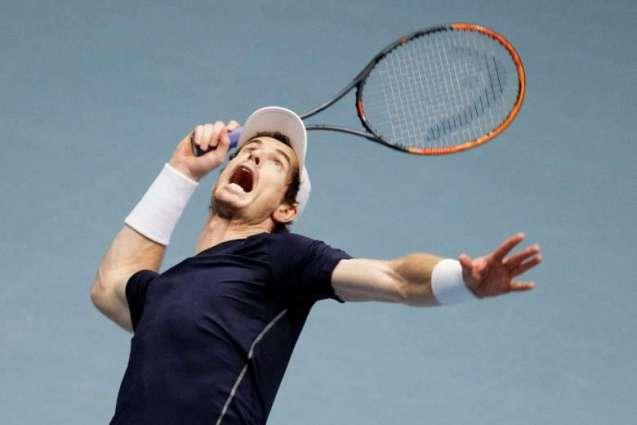 Tennis: Ruthless Murray keeps heat on Djokovic in Paris