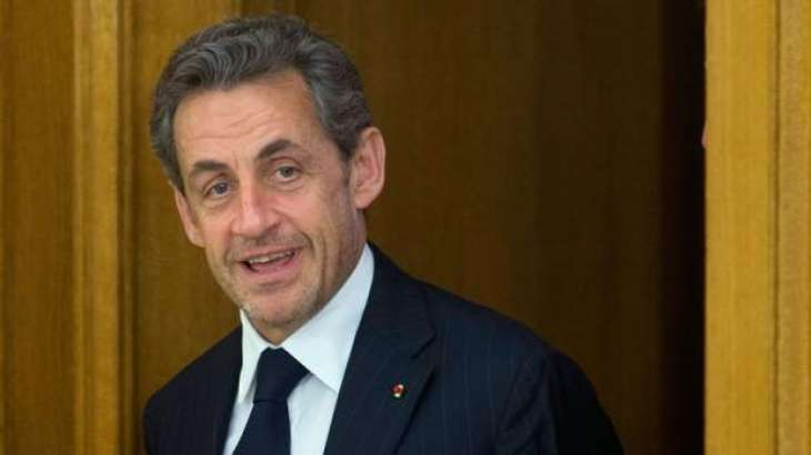 Sarkozy fights off attacks in French primary debate