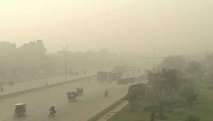 Heavy smog claims 17 lives in Punjab