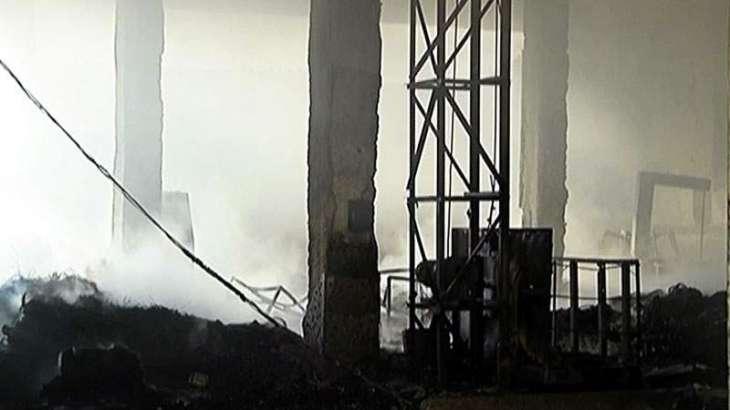 Fire erupts in Karachi's garment factory