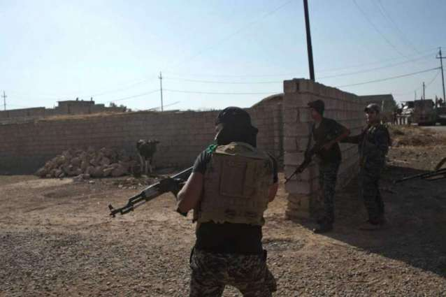 IS kills seven Iraq security personnel south of Mosul: officials