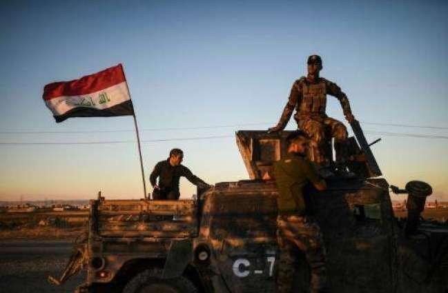 Elite Iraq forces punch into Mosul, face tough resistance