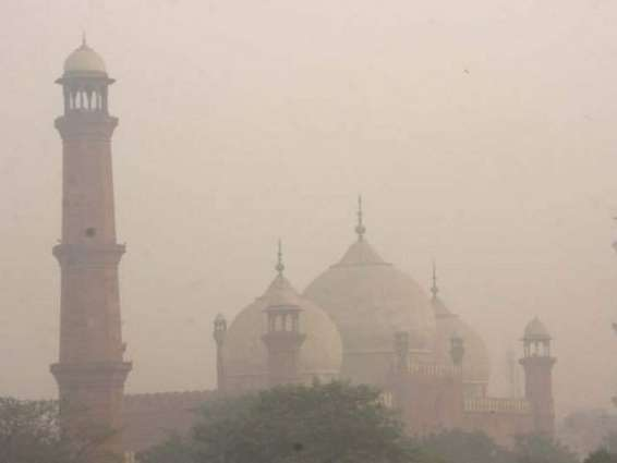 East Punjab engulfs in smog