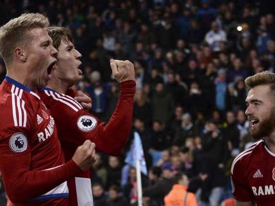 Football: De Roon denies Man City, first win for Sunderland