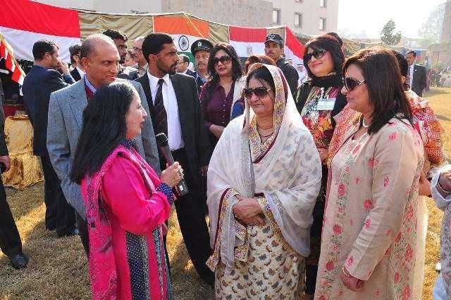 Pakistani women proving mettle in all fields: Begum Mehmooda