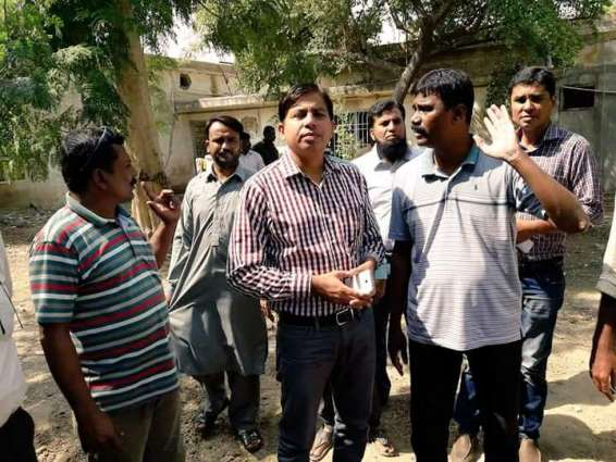 DMC chairman pays surprise visit to Korangi Workshop