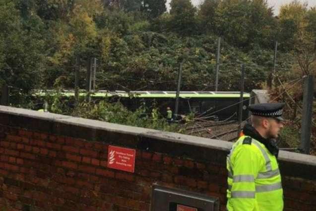 Five killed as London tram overturns