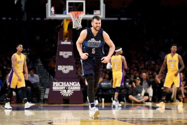 NBA: Bogut rips 'two-faced' former club before facing Warriors