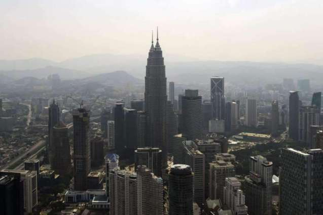 Malaysia economy grows 4.3%, snapping slowing trend