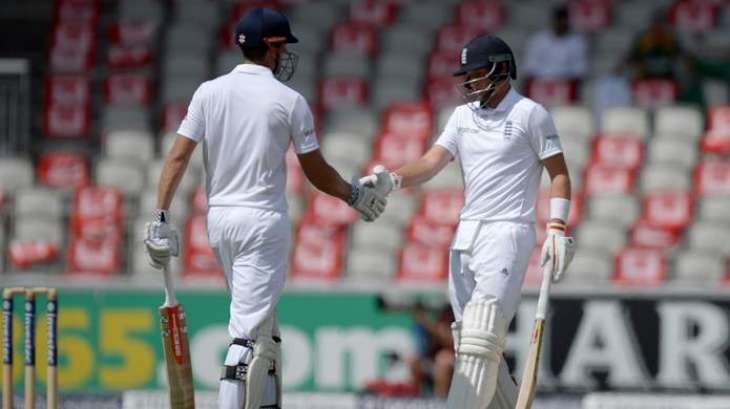 Cricket: England wear 'poppies with pride' despite FIFA spat