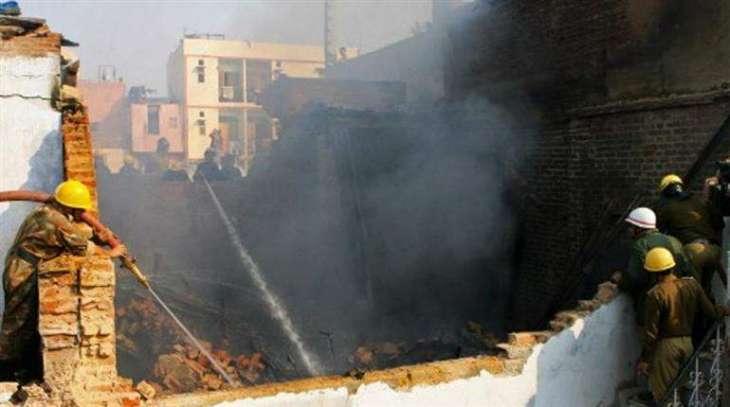 نئی دہلی وچ گارمنٹ فیکٹری وچ بھاہ لگنڑ نال، 13 بندے ہلاک