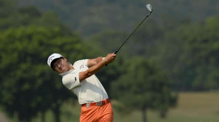 Wang leads by three shots after birdie blitz