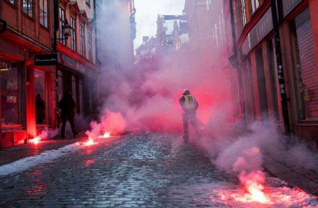 Five arrests, two injured at neo-Nazi rally in Sweden