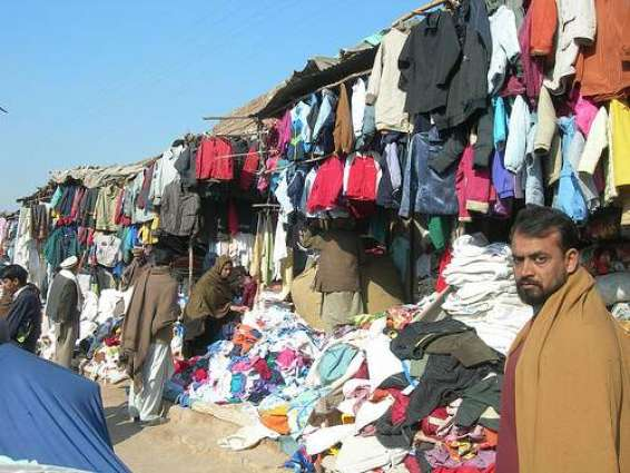 People Throng To Landa Bazar For Purchasing Winter Cloths Pakistan Point