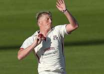 Cricket: Lancashire appoint Chapple as new coach