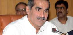 وزير السكك الحديدية الباكستاني يطلب المحكمة العليا أن تأخذ اشعاراً حول تعليقات الأحزاب السياسية على ملاحظات القضاة