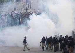 کلمہ چوک وچ احتجاجی وکھالا، ٹریفک جام، گجومتہ توں کلمہ چوک تیکر میٹرو بس سروس بند