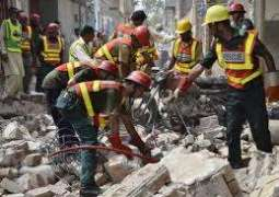 Under-construction building collapsed in Multan, at least 25 buried in rubble