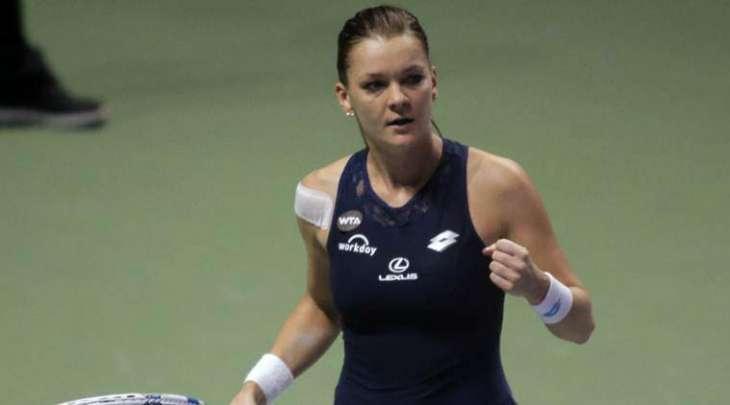Radwanska survives first-round battle in Shenzhen