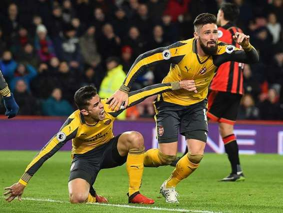 Giroud caps Arsenal revival, Clement sees Swansea win