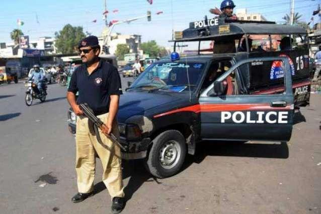 ڈیرہ مراد جمالی ٹی ترند رفتار ٹیکٹر و موٹرسائیکل اس ڈوک لگار ، موٹرسائیکل سوار کسک، ٹیکٹر ڈیور نرا، پولیس