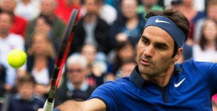 Federer loses to teenager Zverev