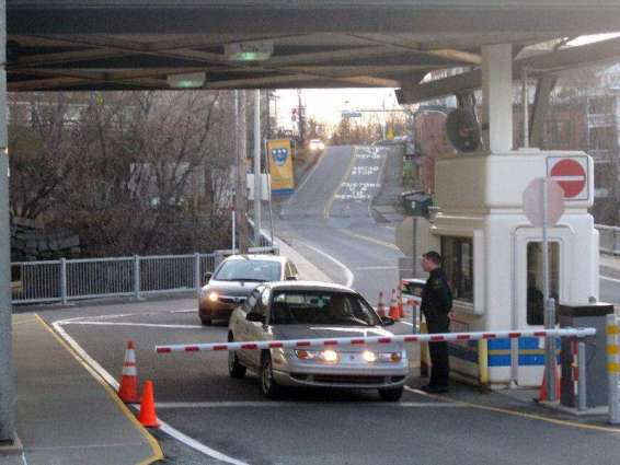 Key US-Canada border crossing reopens after bomb threat
