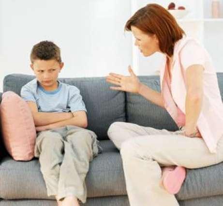 ماں پیو دی غیر ضروری سختی کارن بال جھوٹھ بولن دے عادی ہو جاندے نیں: برطانوی ماہرین نفسیات
