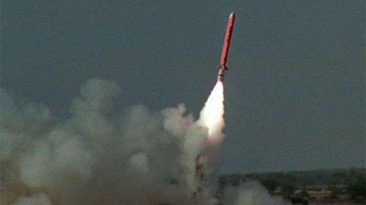باكستان تختبر أول صاروخ كروز انطلاقا من الغواصة