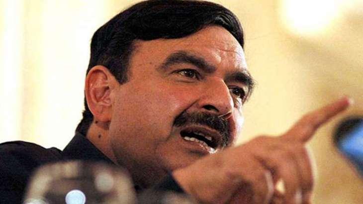 Sheikh Rasheed upset over Naeem Bokhari's arguments in SC