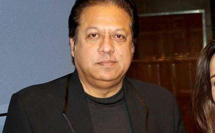 Renowned singer Arshad Mahmood robbed in Karachi