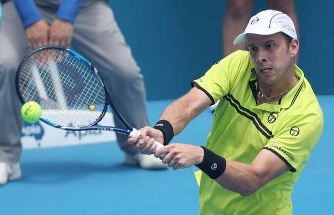 Muller ends Troicki's Sydney reign to reach final