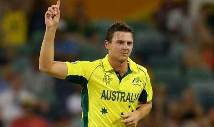 Cricket: Hazlewood puts brakes on Pakistan